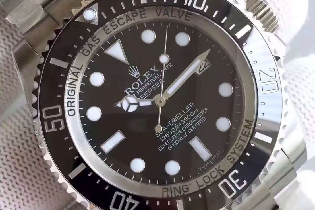 Rolex Sea-Dweller, Some History.